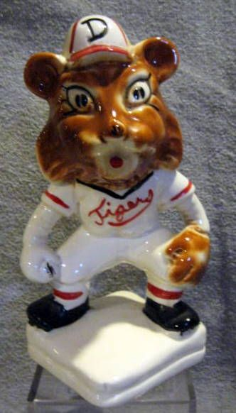 40's/50's DETROIT TIGERS STANFORD POTTERY MASCOT BANK