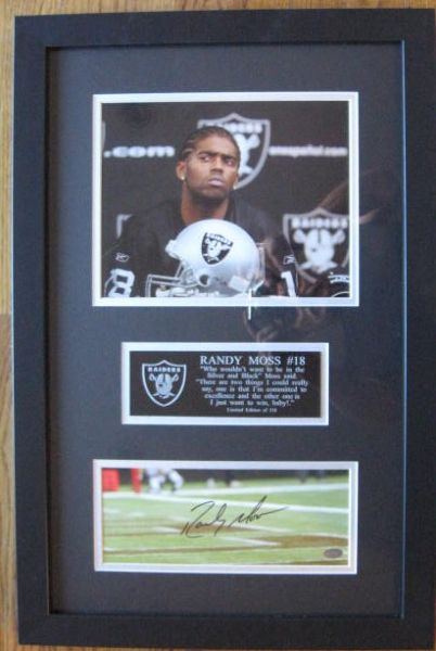 RANDY MOSS SIGNED/FRAMED PHOTO