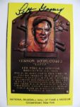 LEFTY GOMEZ SIGNED YELLOW HOF PLAQUE w/JSA COA