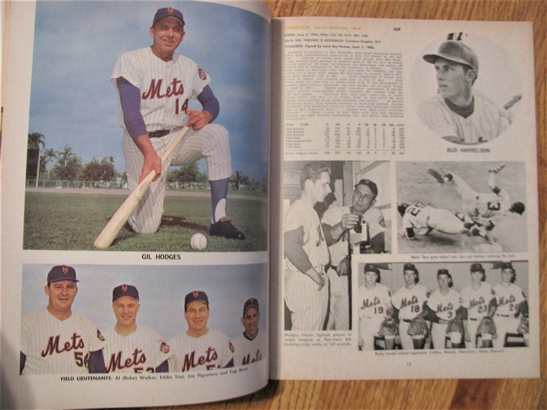 1968 NEW YORK METS YEARBOOK - HODGES COVER - REVISED EDITION