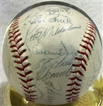 1967 PITTSBURGH PIRATES SIGNED BASEBALL w/CLEMENTE & PSA LOA