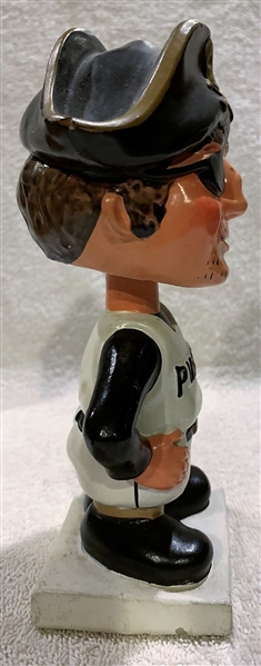 60's PITTSBURGH PIRATES WHITE BASE BOBBING HEAD