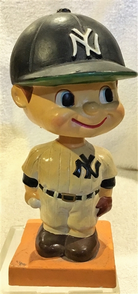 60's NEW YORK YANKEES COLOR BASE BOBBING HEAD
