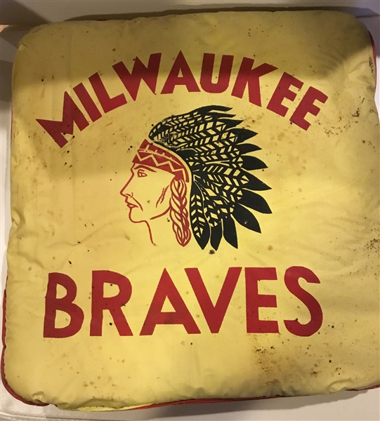 VINTAGE 50's MILWAUKEE BRAVES SEAT CUSHION